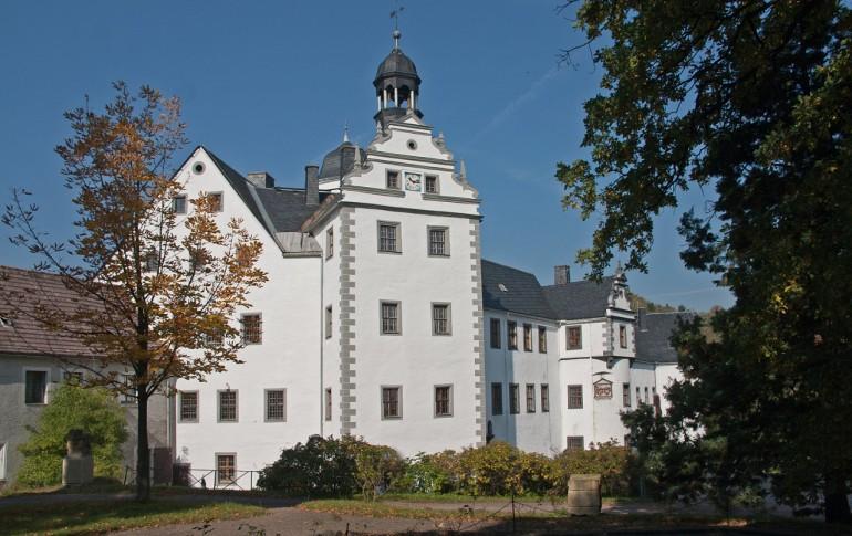3.1-DE_Ansicht_Schloss_Lauenstein_2005.jpg