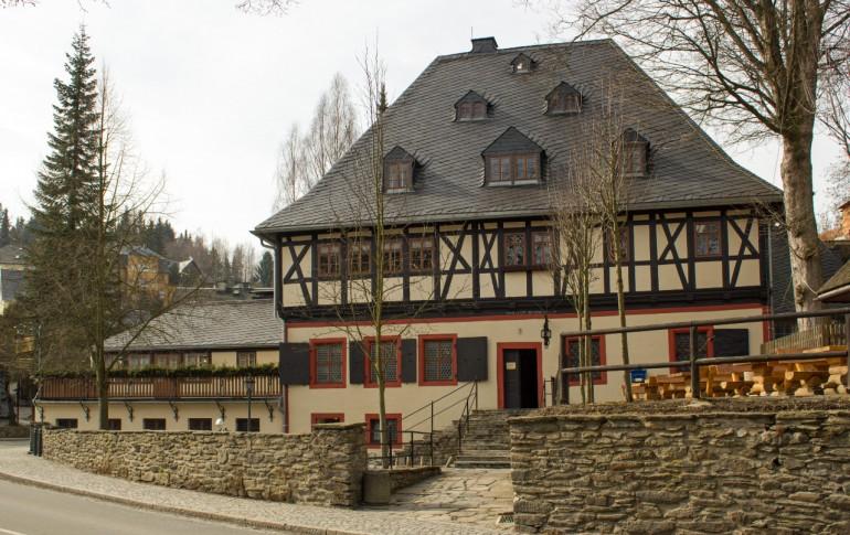 8.2.3-DE_Frohanauer_Hammer_Hammerherrenhaus.jpg