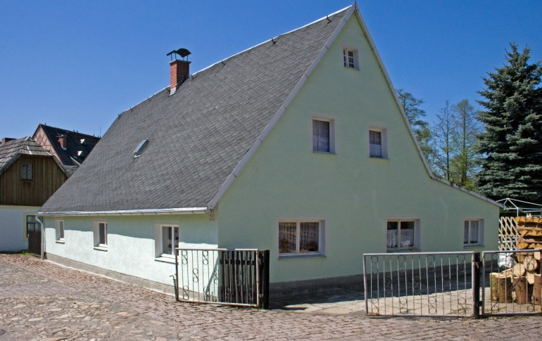 14-DE_Saighuettkpx_Gruenthal_Wohnhaus.jpg