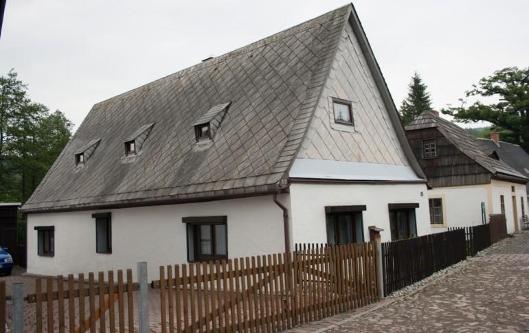 14-DE_Saighuettkpx_Gruenthal_Arbeiterwohnhaus_2.jpg