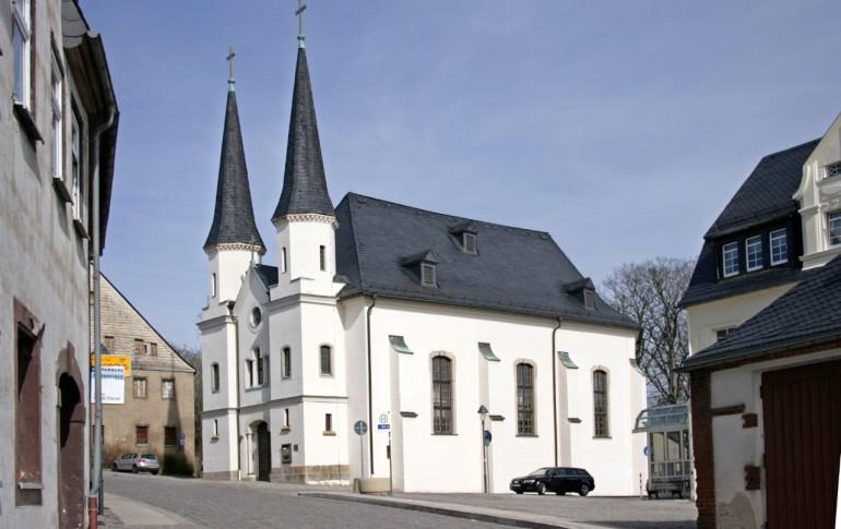 6.1.2-DE_HistAltStdt_Schneeberg_St_Trinitatiskirche_Seminarstr_6.jpg